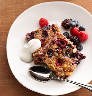 Fruity Crunch Baked Oatmeal