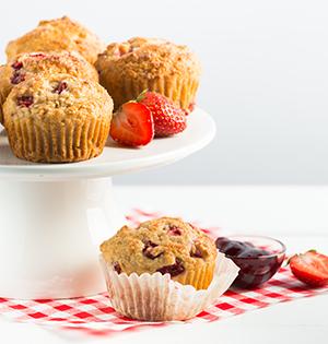 Honeyed Strawberry Yogourt Muffins